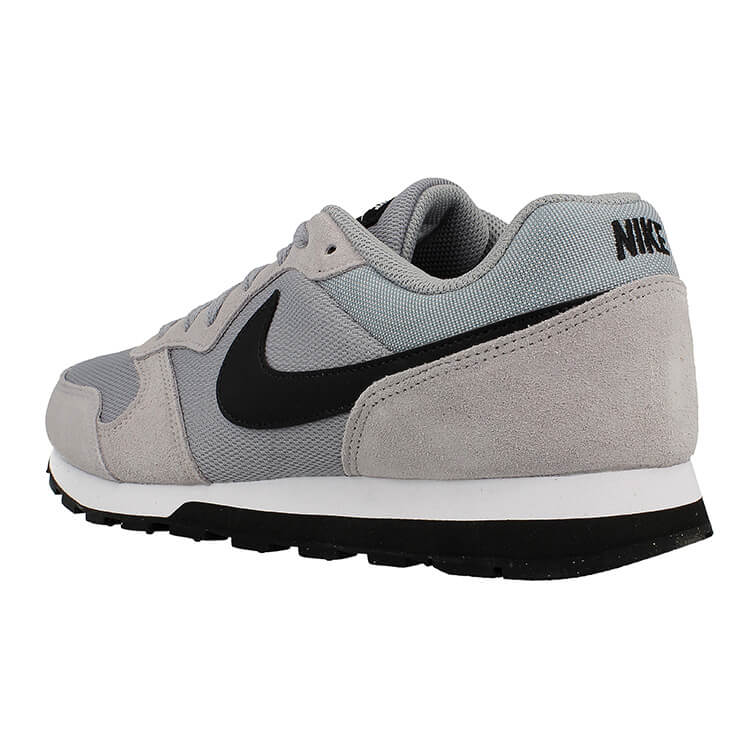 04274d1c0e ... Nike MD Runner 2 749794-001 Click to zoom ...